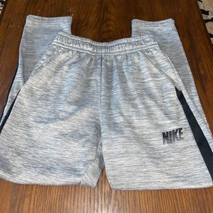 Boys Nike dr fit joggers